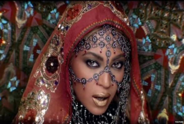"""Coldplay και Beyoncé μαζί στο νέο video """"Hymn For The Weekend""""!"""